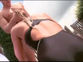 Bikini woman suck dick on beach