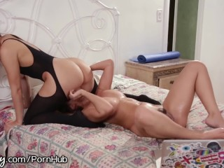 Desi housewife fucking with black servent