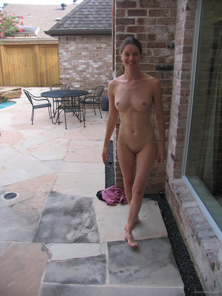 Find a sexy and hot girlfriend