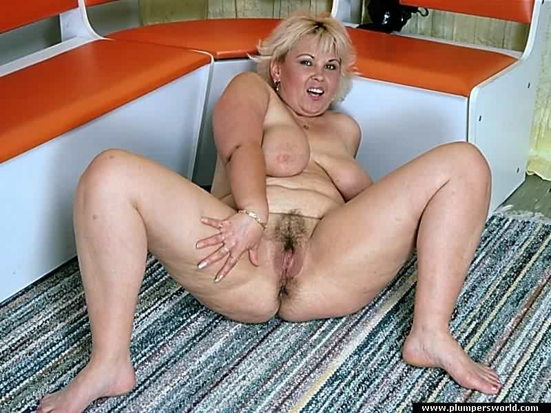 Close cunt free gallery mature up wet